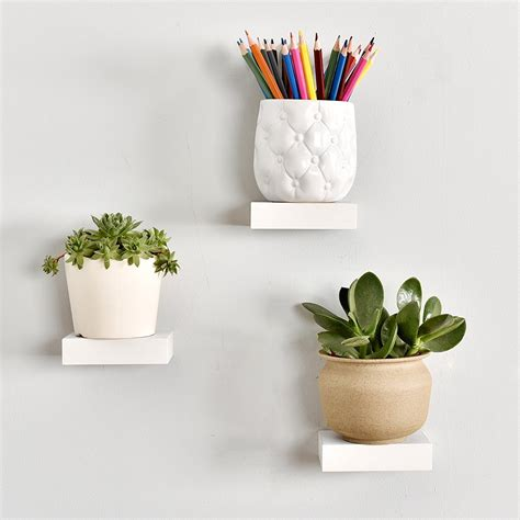 Showcase Display Floating Shelf (Set of 3)
