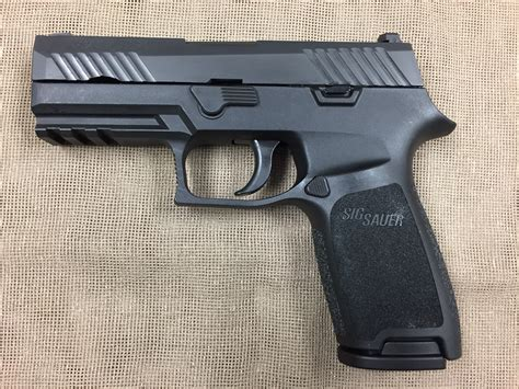 Gunkeyword Sig P320 Carry 9mm.