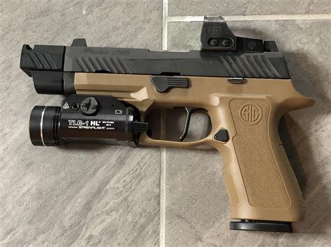 Gunkeyword Sig P320 Carry Light Options.