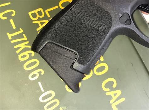 Sig-P320 Sig P320 Subcompact Pinky Extension.