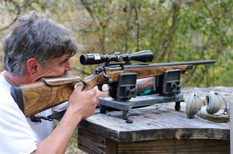 Rifle-Scopes Sighting In Rifle Scope.
