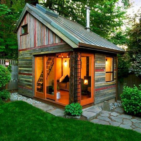 Small Backyard Buildings