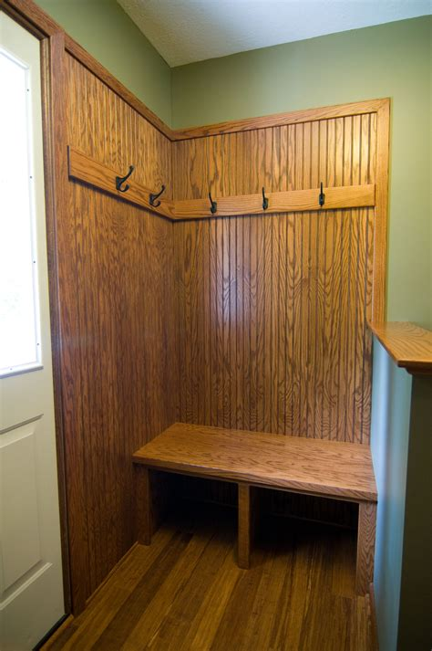 Small Benches For Closet
