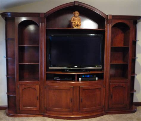 Small Entertainment Center Woodworking Plans