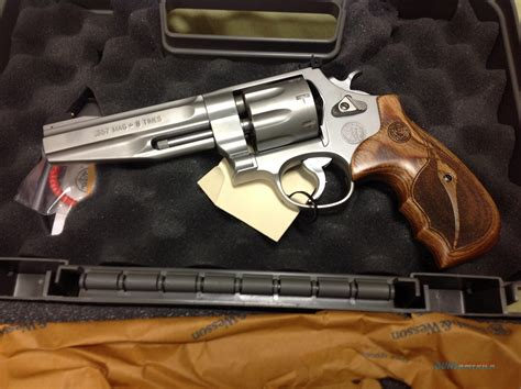 Smith-And-Wesson Smith And Wesson Model 357 8 Shot.