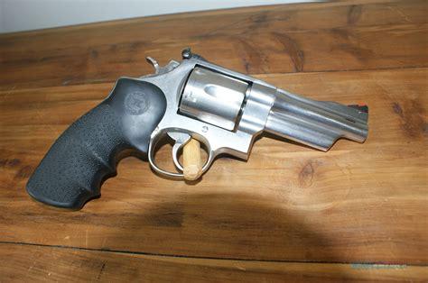 Smith-And-Wesson Smith Wesson Mountain Gun 629.