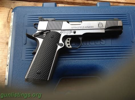 Vortex Springfield Armory 1911 A1 Loaded Black Stainless Target.