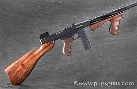 Tommy-Gun Standard Manufacturing Tommy Gun.