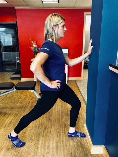 standing hip flexor testicals dropping