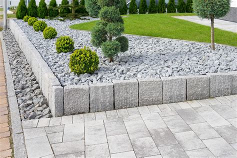 Steine Im Garten Setzen