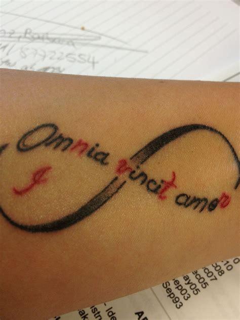 Tattoo Unendlichkeitszeichen Mit Buchstaben