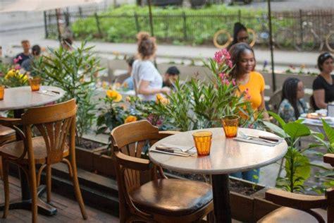 Terrasse De Café