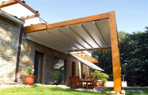 Terrassenüberdachung Holz Mit Sonnenschutz