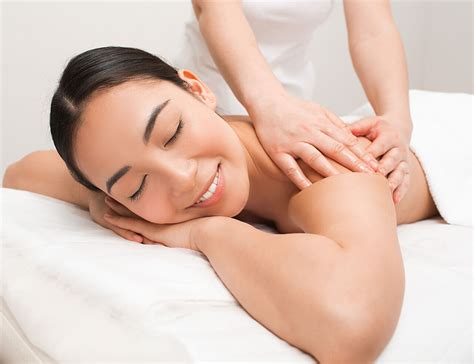 therapeutic massages help