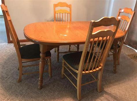 Thomasville Kitchen Table