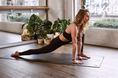 tight hip flexors and tight hamstrings backache in early pregnancy