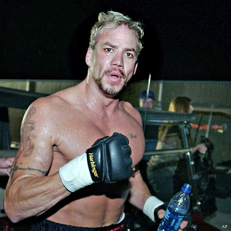 Tommy-Gun Tommy Gun Boxer Dies.