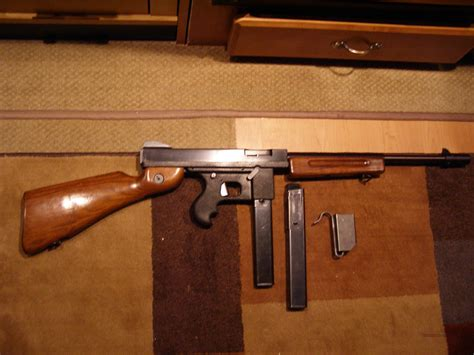 Tommy-Gun Tommy Gun Commando.