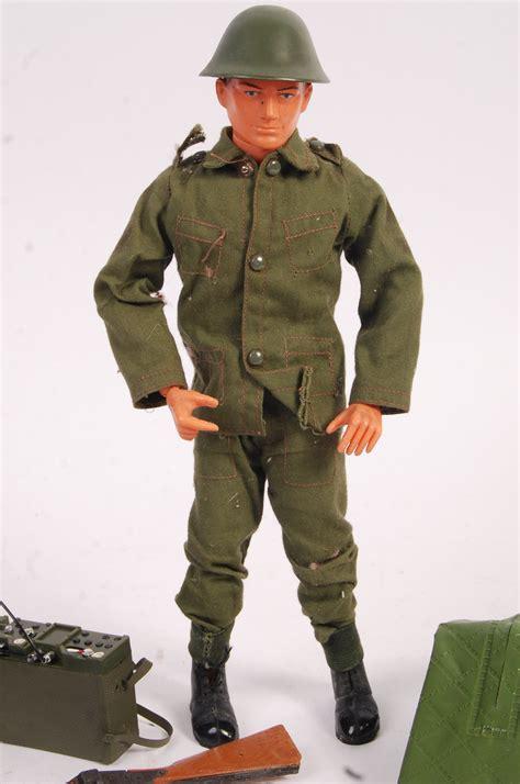 Tommy-Gun Tommy Gun Doll.