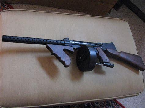 Tommy-Gun Tommy Gun Paintball Marker.