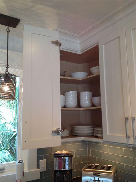 Upper Corner Cabinet Design