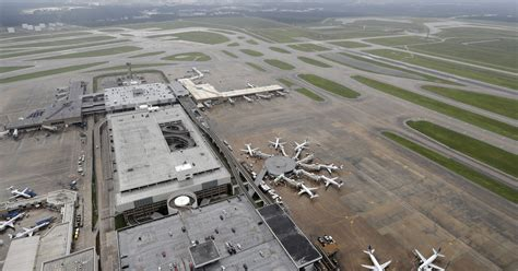 Usa Today Resume Harvey Houston Airports To Resume Limited Operations Today