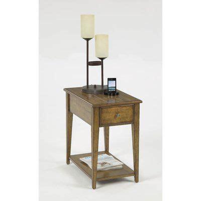 Vandalia Chairside Table