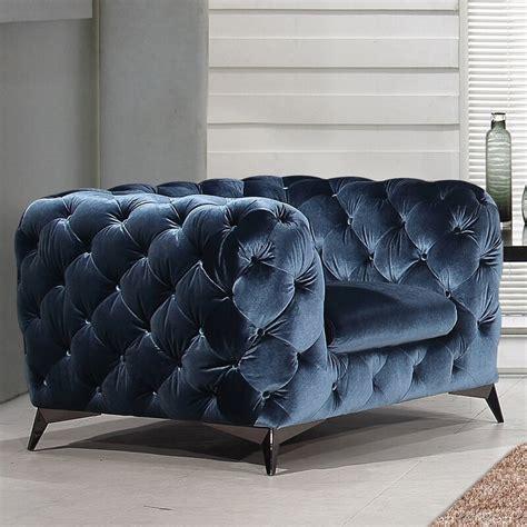 Vennie Tufted Chesterfield Sofa