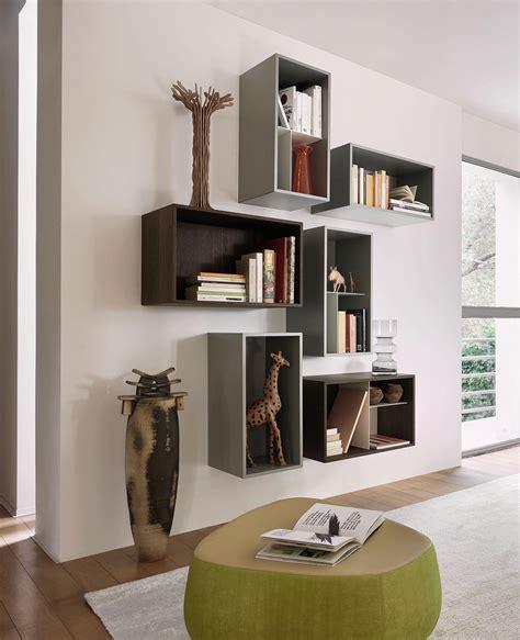 Wandgestaltung Wohnzimmer Mit Regalen