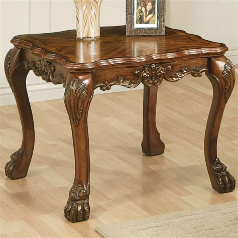 Welliver Traditional Coffee Table