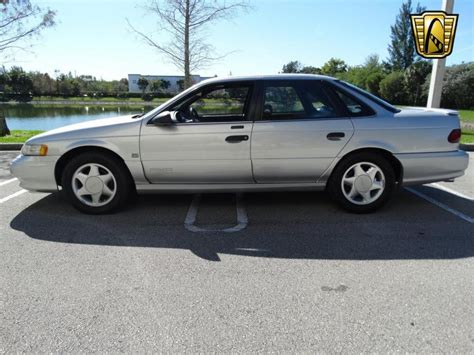 Taurus-Question Whats The Record Number Of Miles On A Ford Taurus.