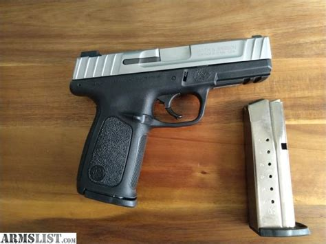 Glock-Question Whats The Smith And Wesson Version Of The Glock 19.