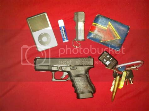 Glock-Question What Glock Does John Creasy Carry In Man On Fire.