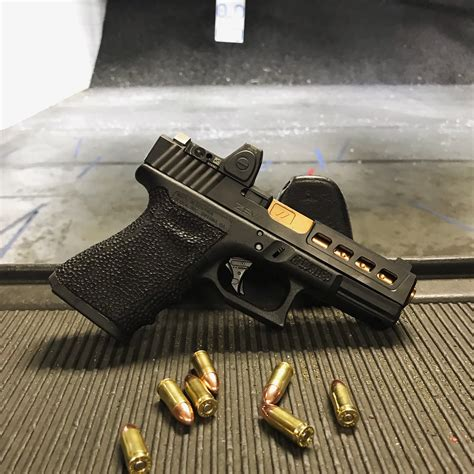 Glock-19 What Size Bsarrel Does The Glock 19 Have.