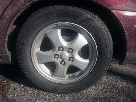 Taurus-Question What Tires Came On The Ford Taurus.