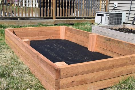 What Wood To Use For A Raised Garden Bed