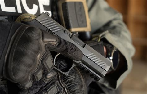 Sig-P320-Question Which Law Enforcement Groups Choose The Sig Sauer P320.