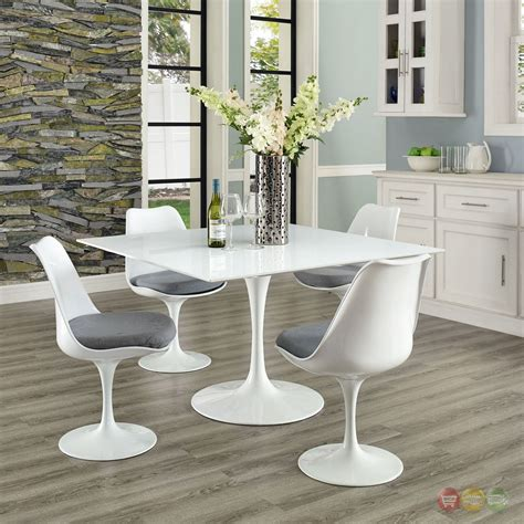 White Dinner Table