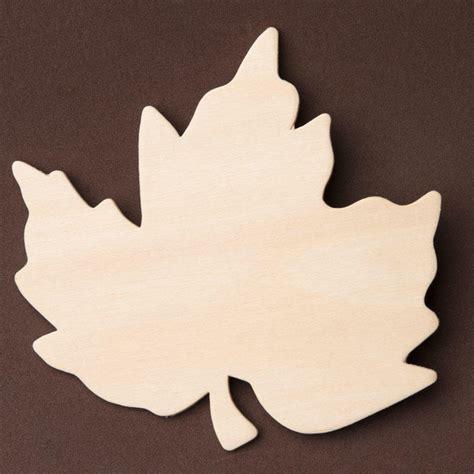 Wood Leaf Cutout