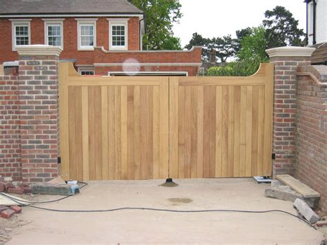 Wooden Gates For Houses