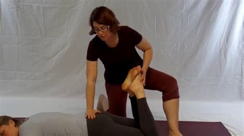 yoga for hip flexor release with 2016 ending