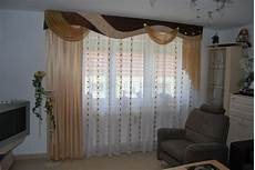 vorhang wohnzimmer klassischer wohnzimmer vorhang mit verschiedenen schals