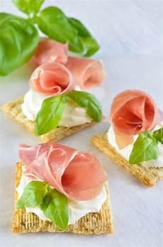 easy snack recipe with prosciutto basil mascarpone