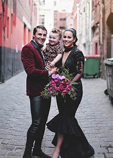 breaks tradition and gets married in black wedding bored panda