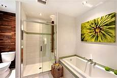 glasbilder für badezimmer geeignet bilder im bad aufh 228 ngen 40 ideen und tolle motive