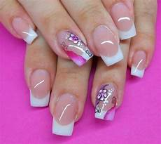 floral nail art on ring finger 176 176 nails adorned