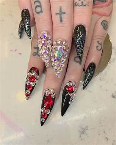 33 goth nail art ideas perfect for new year s eve