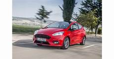 ford 2017 iaa fiesta st line race red 01 ford magyarorsz 225 g