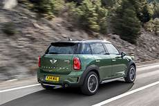 Mini Country - 2015 mini countryman comes to new york with barely