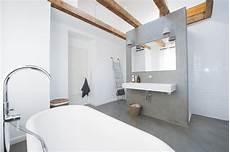 Duschbereich Ohne Fliesen - fugenloses bad ohne fliesen als badgestaltung in wiesbaden